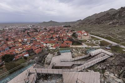 <p><strong>1.</strong> 270° Sivrihisardan yerleşime bakış<br /> Fotoğraf:  Engin Volkan</p>