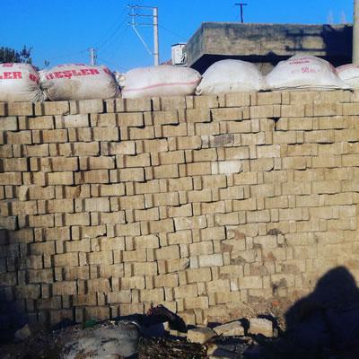 <p><strong>10. </strong>Nusaybin Çadır Kampı, peyzaj,  2015</p>