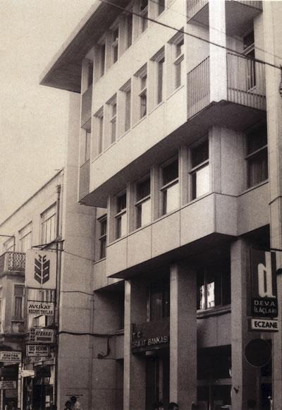 <p><strong>10.</strong> Ziraat Bankası Bakırköy Şubesi, İstanbul, 1964.</p>
