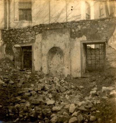 10. Bereketzade Mescidi, Galata. (Encümen Arşivi, 1947)