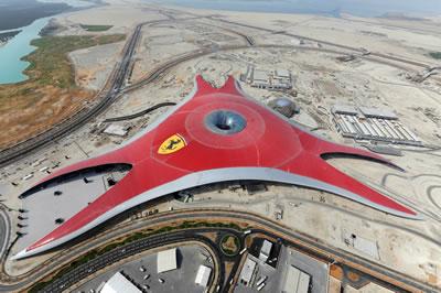 <p><strong>11.</strong> Ferrari tema Parkı  (Ferrari World), Abu Dabi<br />   Kaynak: www.archdaily.com/60844/ferrari-world-abu-dhabi-to-open-october-28-2010  [Erişim: 30.07.2019]</p>