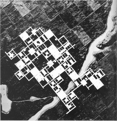 <p><strong>11.</strong> Agricultural City, 1960, K. Kurokawa</p>
