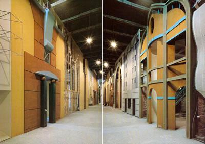 <p><strong>1. </strong>1980  Venedik Mimarlık Bienali Strada Novissima sergisi.<br />Kaynak: 1980, <strong>DOMUS</strong>, sayı:610, s.10.</p>