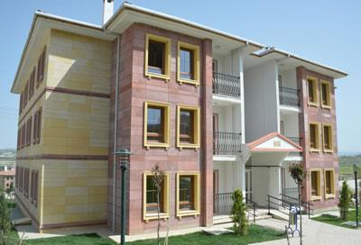 <p><strong>1. </strong>Nevşehir  Ürgüp Sosyal Konutları<br />  Kaynak: URL3.</p>