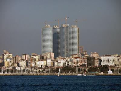 <p><strong>1.</strong> İnşaat devam ederken Fenerbahçe sahilinden Four Winds projesi<br />Kaynak: Arda Çağlayaner</p>