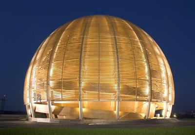 <p><strong>1. </strong>Bilim ve Yenilik Merkezi <br />Kaynak: upload.wikimedia.org/wikipedia/commons/5/5c/Globe_of_Science_and_Innovation_4_(Night).jpg [Erişim: 13.05.2016]