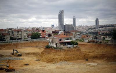 <p><strong>1.</strong> Dayatılan anlaşmayı  imzalamadığı için adı medyada Fikirtepe inatçısı olarak anılan Alaaddin  Demirelin artık yıkılmış olan evi<br />  Fotoğraf:  Murad Sezer / Reuters</p>