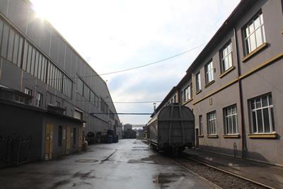 <p><strong>12. </strong>Solda Vagon Üretim Fabrikası, sağda yemekhane, 2019 <br />   Kaynak: Gülhayat  Ağraz arşivi</p>