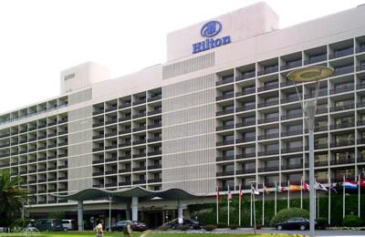 <p><strong>12.</strong> Hilton Oteli (SOM) ve Sedad Hakkı  Eldem tasarımı saçağı, İstanbul</p>