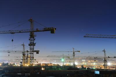 <p><strong>1.</strong> Ekonomiden  etkilenmemiş gibi inşaatlar sürerken kentler şantiye alanı olmaya devam ediyor.  Diğer yandan da bazı inşaat şirketleri konkordato başvurusu yapıyor.</p>