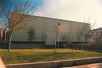 <p><strong>12.</strong> Ankara Üniversitesi Cebeci Yerleşkesi, Hukuk, Siyasal ve  Eğitim Fakülteleri Spor Salonu, Ankara, 1971-1973</p>