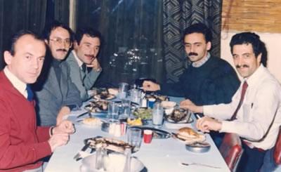 <p><strong>1.</strong> Mimarlar Odası Trabzon Şubesi  Kurucu Heyeti (sol baştan): Prof. Dr. Mustafa Kandil, Lütfü Altın, Bekir  Gerçek, Sezgin Atasoy, Mehmet Ali Yardımoğlu, 1987, Ankara.</p>