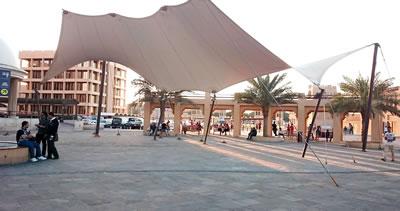 <p><strong>12.</strong>Al  Ghubaiba feribot istasyonu meydanı</p>
