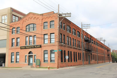 "<p><strong>1.</strong> Fordun ikinci  fabrikası, Piquette Yerleşkesi, Michigan, Detroit<br />   Kaynak: Christensen, Richard,  2017, ""Tourning the Ford Piquette Avenue Plant""  https://wagonpilot.com/touring-ford-piquette-avenue-plant/ [Erişim: 30.07.2019]</p>"