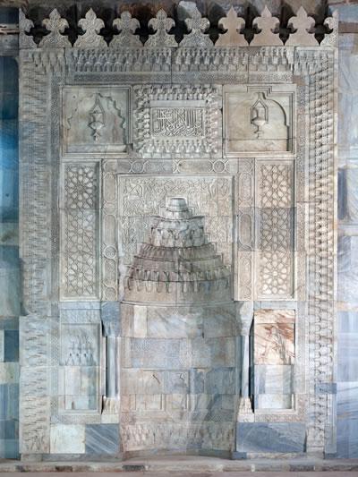 13. Caminin mihrabı (© Cemal Emden)