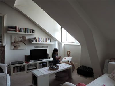 <p><strong>Resim 13.</strong> Mansard çatı arasından iç mekân görünüşü<br />Fotoğraf: G. Alptekin</p>