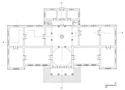 <p><strong>13. </strong>Ankara Etnoğrafya Müzesi Planı  (1925-1927; açılış: 1930)<br />Kaynak: Çuha, Nilgün,  2004, T.C. Başbakanlık Sosyal  Hizmetler ve Çocuk Esirgeme Kurumu Genel Müdürlüğü ve Etnoğrafya Müzesi  Binalarına Restitütif Bir Yaklaşım.</p>