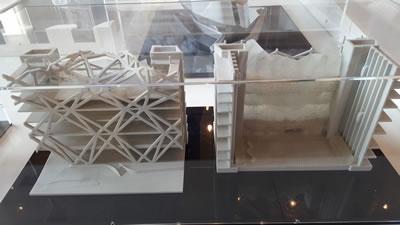 <p><strong>13. </strong>Rüyalar Kenti Otel  Kulesi ve Atriyum Çalışması (City of Dreams Hotel Tower-Atrium Studies) Kotai  Macau<br />  Fotoğraf: Şengül Öymen  Gür, 2016.</p>
