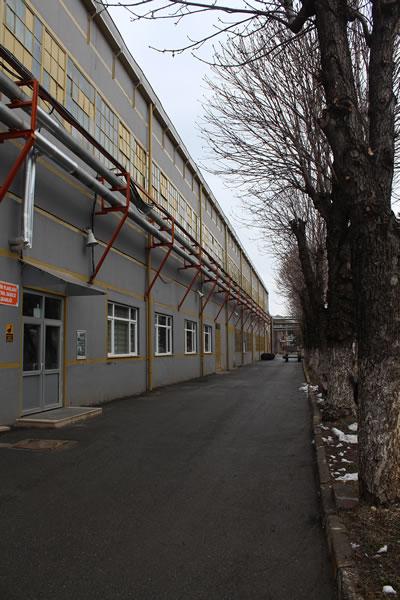 <p><strong>13. </strong>Metal İşleri ve İmalat Fabrikası <br />   Kaynak: Gülhayat  Ağraz arşivi</p>