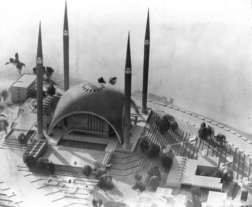 <p><strong>1. </strong>Kocatepe Camii ve Ekleri, Ankara, 1957