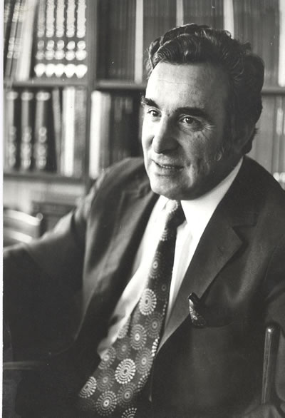 <p><strong>1. </strong>Vedat Dalokay<strong></strong></p>