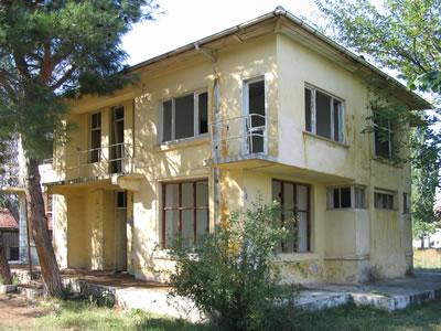 <p><strong>14.</strong> Pınarhisar  Numune Fidanlık Binası, 2005</p>