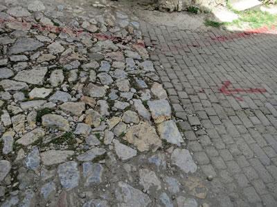 <p><strong>15.</strong> Apçağa Köyü Değişen Sokak Dokusu<br />  Fotoğraf: Z. Akdemir</p>