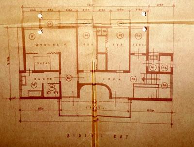 <p><strong>Resim  15. </strong>Birinci kat planı,  Egli, 1935<br />  Kaynak: ABB Arşivi</p>