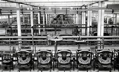 <p><strong>15b.</strong> Türk Pirelli AŞ Fabrikaları, Köseköy-İzmit, 1958.</p>