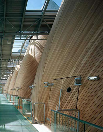 16. Bordeaux Mahkeme Salonu, Richard Rogers, Fransa, 1998. (Kaynak: URL12)