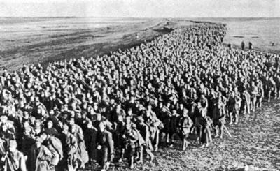 <p>İkinci Dünya  Savaşı, Seferberlik Halindeki Rus Askerleri<br />Kaynak: http://www.ihr.org/jhr/v16/v16n6p28_Michaels.html [Erişim: 14.04.2014]