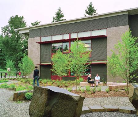 19. Benjamin Franklin İlköğretim Okulu © URL14