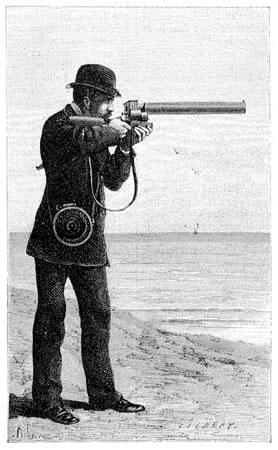 <p><strong>1. </strong>Fotoğrafik tüfeğin  kullanımının çizimle gösterimi<strong></strong><br /> Kaynak: Marey, 1882, <em>La Nature </em>(URL1)</p>