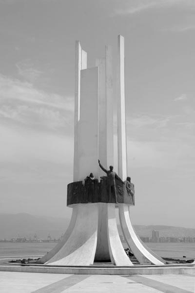 <p><strong>1e.</strong> Koruyamadığımız  modern mimarlık mirası yapılar: AKM, Büyük  Ankara Oteli, İnönü Stadyumu, Ankara Havagazı Fabrikası, Karşıyaka Atatürk  Zübeyde Hanım ve Kadın Hakları Anıtı, Balıkesir Kervansaray Oteli, Çubuk Baraj  Gazinosu </p>