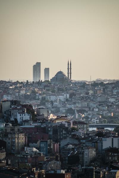 <p><strong>2. </strong>Fotoğraf: Orhan Kolukısa, İstanbul, 2012</p>