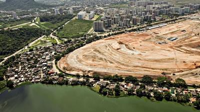 <p><strong>2. </strong>Vila Autódromo Favelası ve olimpiyat yerleşkesi  tahliyeler öncesi</p>
