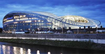 <p><strong>2.</strong> Aviva Stadyumu, eğrisel örtü<br />Kaynak: www.populous.com/project/aviva-stadium [Erişim: 05.12.2015]