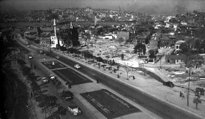<p><strong>2. </strong>İMÇ nin inşa  edileceği alandan bir görünüm, 1950 ler<br />Kaynak: İmeceden İMÇ ye, 2009.