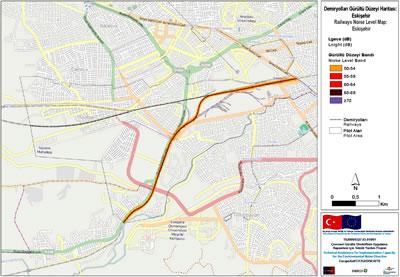 <p><strong>Şekil  2.</strong> Eskişehir gürültü hesaplama modelinin CadnaA ortamında 3D  görünümü.(Kaynak: T.C. Çevre ve Şehircilik Bakanlığı' için hazırlanan Eskişehir  Pilot Alanı Gürültü Haritalama Raporundan alınmıştır)</p>