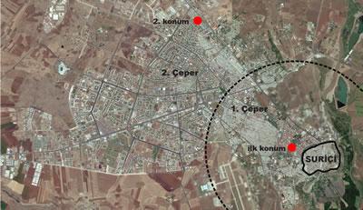 <p><strong>2.</strong> Diyarbakır uydu görüntüsü üzerinde kentleşme sınırları ve proje  alanının değişen konumları</p>