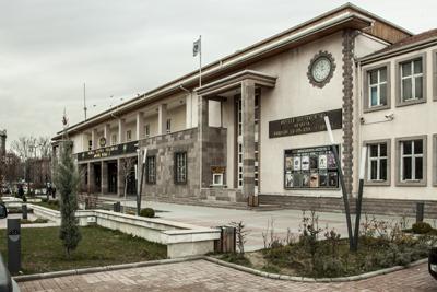 <p><strong>2.</strong> Yapının  güncel hali, 2017<br />   Fotoğraf:  Beril Kapusuz Balcı</p>