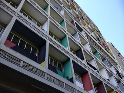 """<p><strong>2.</strong> Unite  d Habitation """"Berlin Type"""" (Mimar: Le Corbusier)</p>"""