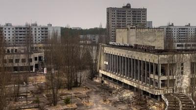 <p>Çernobil Nükleer  Santrali yakınındaki terk edilmiş Pripyat Kenti.<strong></strong></p>Kaynak: upload.wikimedia.org/wikipedia/commons