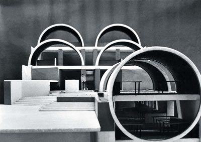 <p><strong>2b.</strong> Sangath Architects  Studio, 1980, Ahmedabad-Hindistan</p>