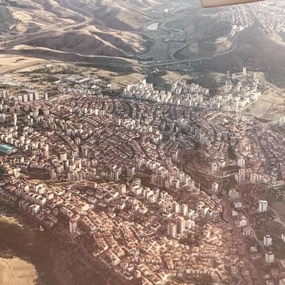 <p><strong>2d. </strong>Ankara çeperinden  kentsel alanlar ve çeper-merkez arası etkileşim <br />  Kaynak: Olgu  Çalışkan, 2019.</p>