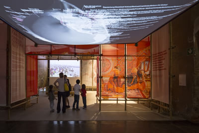 <p><strong>2f. </strong>Jüri Özel Ödülü: <strong>Rahul Mehrotra</strong>(Mumbai,  Hindistan; Boston, Amerika) RMA Architects<br /> Fotoğraf: Laurian Ghinitoiu</p>