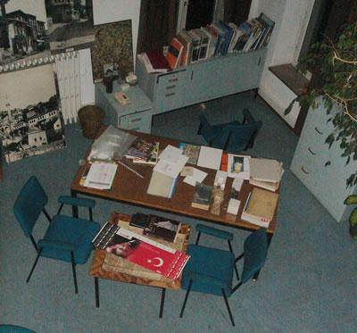 <p>Hocanın  Masası<br />Fotoğraf:  N. R. Aysel</p>