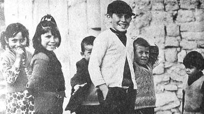 <p><strong>3</strong><strong>. </strong>Kızılcaşar Atölyesi sırasında çekilen bir fotoğraf, 1976.</p>