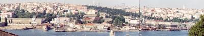 3. İhaleye açılan Camialtı ve Taşkızak Tersaneleri panoraması.(Kaynak: Gül Köksal Arşivi, 2000-2003)