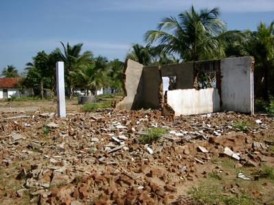 <p><strong>3. </strong>Tsunami  hasarı, Kinniya, Sri Lanka<br />